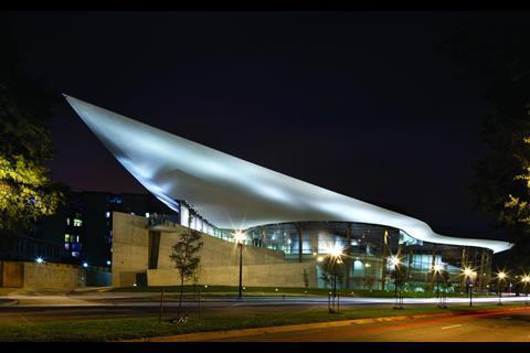 /g/c/n/1a_BTA_Arena_NL465.jpg
